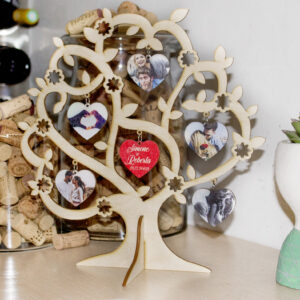 albero con foto, nomi e dedica