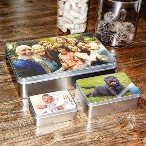 scatola in latta foto