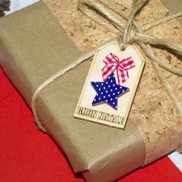 tag in legno per chiudi pacco, stella