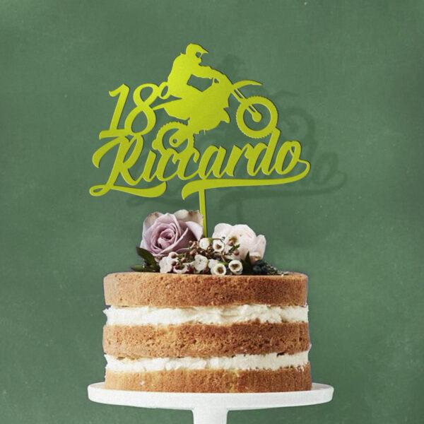 cake topper ragazzo, nomi bambini compleanno sopra torta
