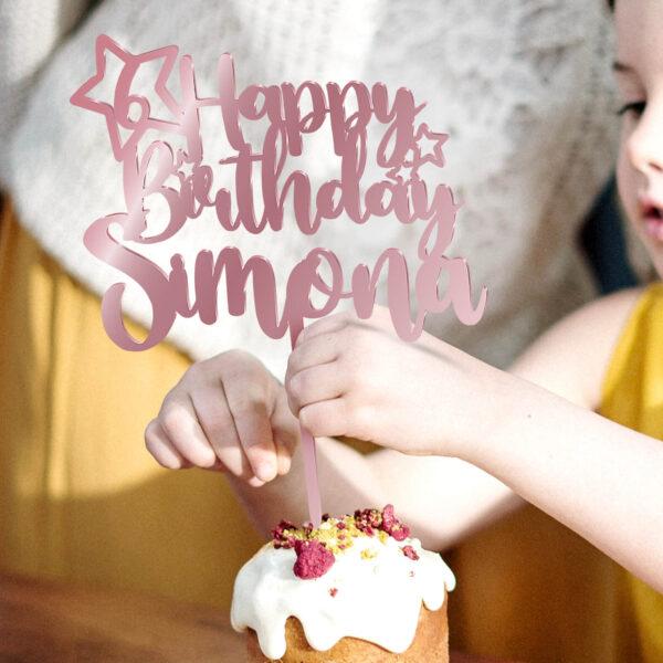 cake topper compleanno, sopra torta nome personalizzato compleanno