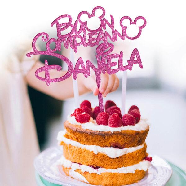 cake topper con nome, sopra torta nome personalizzato compleanno